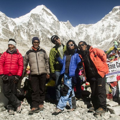 World Tourism Day Exclusive: 5 Inspirational Stories of Travel Guides that will touch you