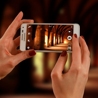 Travelling this New Year? Here are the 5 photography apps you should have on your device
