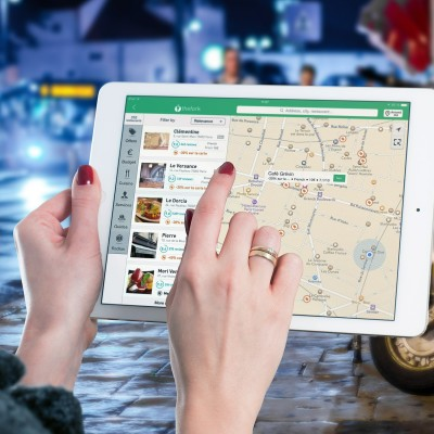 5 go-to offline apps that backpackers should be aware of