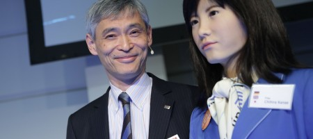Humanoid robot puts a smile on everybody's face at ITB Berlin