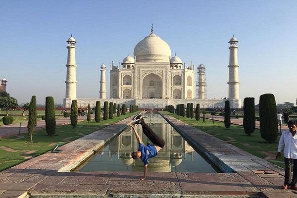 Taj_Travelblogger