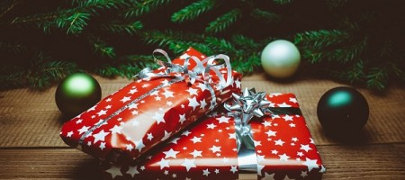 7 Unique Christmas gifts for travellers