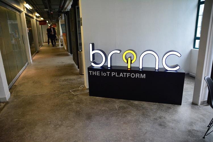 Brinc_Lantrn