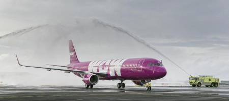 WOW Air is letting Snapchat junkies travel for free