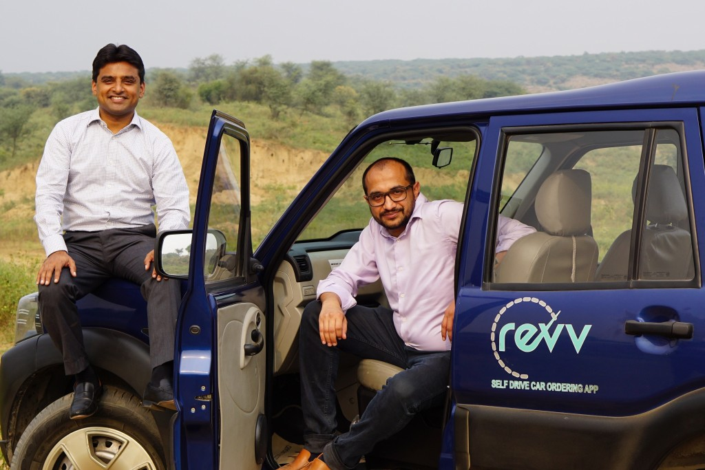 (L-R) Karan Jain, Co-founder & COO, Anupam Agarwal, Co-founder & CEO, Revv (1)
