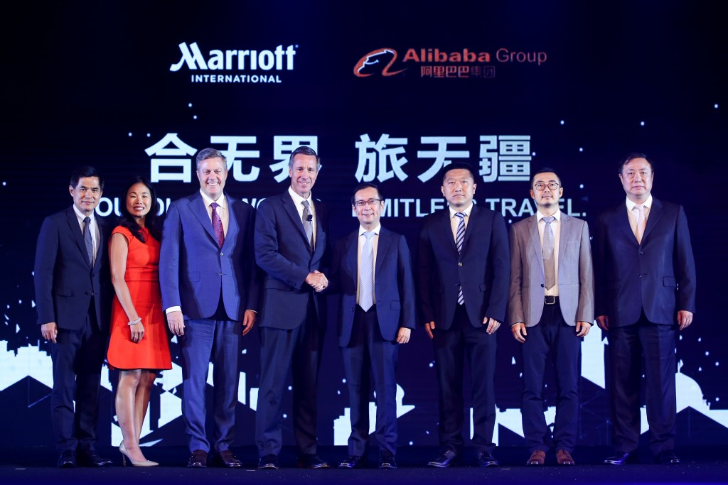 From left to right: l Stephen Ho, Chief Executive Officer, Greater China Marriott International; Peggy Fang Roe, Chief Sales and Marketing Officer, Asia Pacific, Marriott International; Craig S. Smith, President & Managing Director – Asia Pacific, Marriott International; Arne M. Sorenson, President and Chief Executive Officer, Marriott International; Daniel Zhang, Chief Executive Officer, Alibaba Group; Li ShaoHua, Alibaba Group, Vice President, Fliggy President; Jiang Fan, Alibaba Group, Head of Mobile Taobao; David Chai, Fliggy Vice President